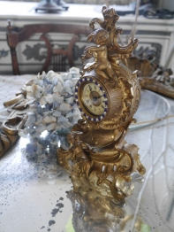 Antique Clock (EUK130)