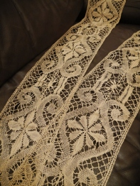 Antique Lace (E1203-20)