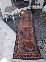 Antique Rug (71701-15)