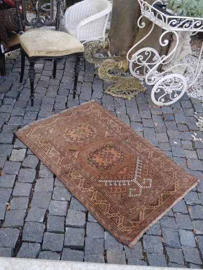 Antique Rug (662-15)