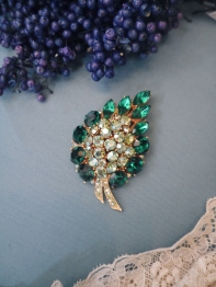 Brooch (MR-014)