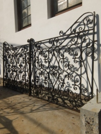 Pair of Iron Gates (F)