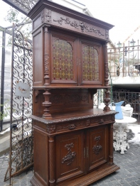French Cabinet (802-16)