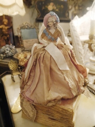 Antique Doll (H28-23)