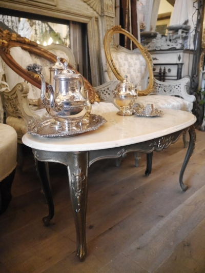 French Table (072-17)