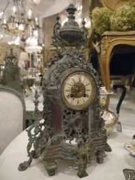 Antique Clock (266-18)