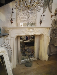 Mantle Piece (EU964)