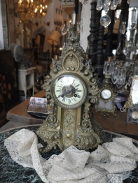 Antique Clock (279-18)