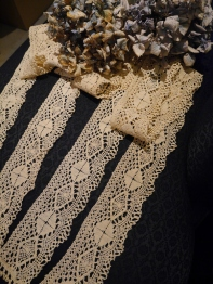 Antique Lace Set (TA183)
