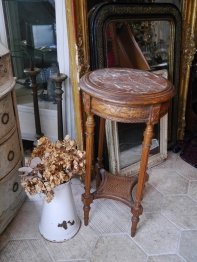 Side Table (359-19)