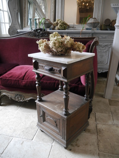 Bed Side Table (830-16)