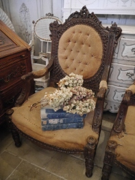 French Arm Chair (234-18)