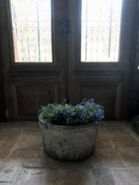 Antique Planter (A-2)