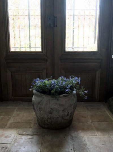 Antique Planter (A-1)