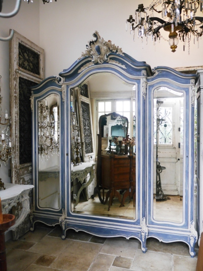 Armoire Cabinet (Three Mirrors) (091-21)