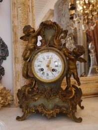 Antique Clock (96401-16)