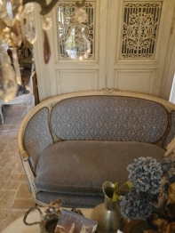 French Sofa (E-1)