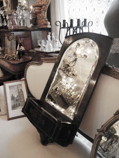 French Mirror (922-11)