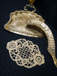Antique Lace (W3411-16)