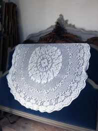 Lace Cloth (B-9)