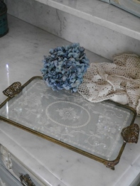 Lace Tray (N016)