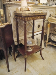 Side Table (102-22)