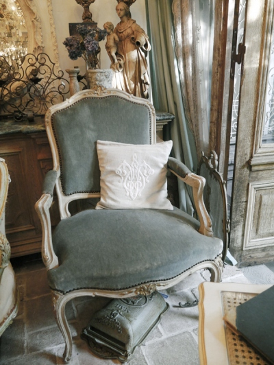 French Arm Chair (037-12)