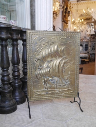 Fire Screen (EUK229)