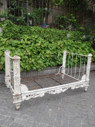 Iron Bed (325-13)
