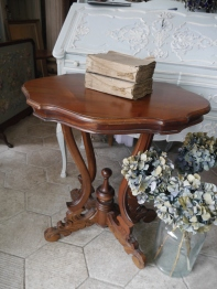 Side Table (SK126)