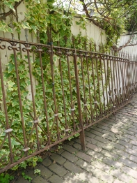 Iron Fence Set (338-13)