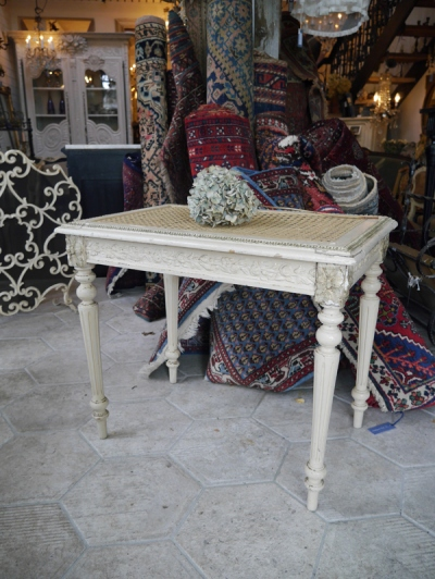 Coffee Table (336-19)