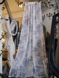 Lace Curtain  (BN143)