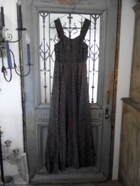 Antique Dress (B-1)