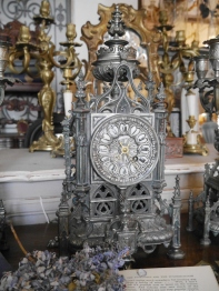 Antique Clock (07801-21)
