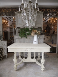 French Table (883-16)