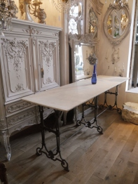French Table (905-16)