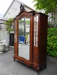 Armoire Cabinet (103-21)