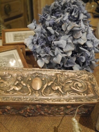 Antique Box (J45-13)
