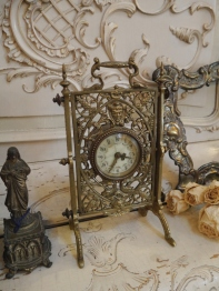 Antique Clock (E45-20)