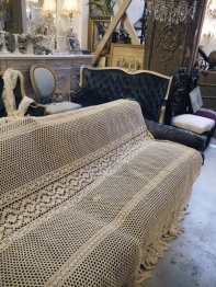 Antique Lace Cloth (E42-20)