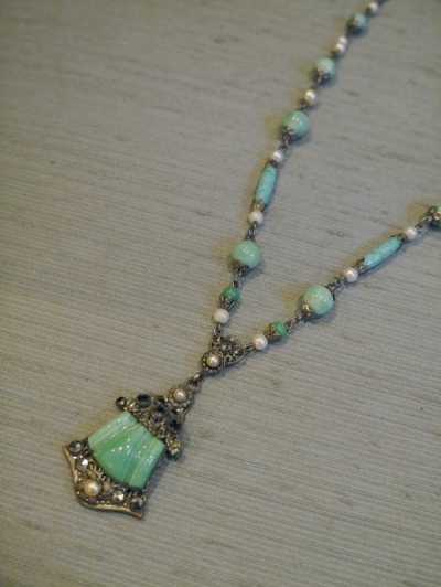 Necklace (BN082)
