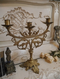 Candle Stand (E72-20)