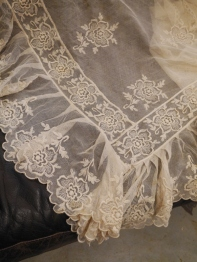 Antique Lace (E1281-20)