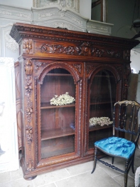 Glass Cabinet (801-16)