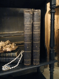 Antique Book Set (TA367)