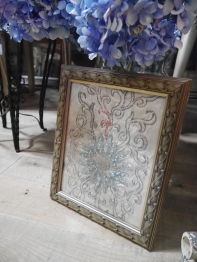 Antique Beads Frame (EU686)