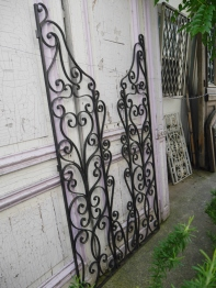 Pair of Iron Gate (655-20)