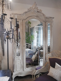 Armoire Cabinet (Three Mirrors) (F-1)