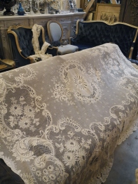 Antique Lace Cloth (E1801-20)